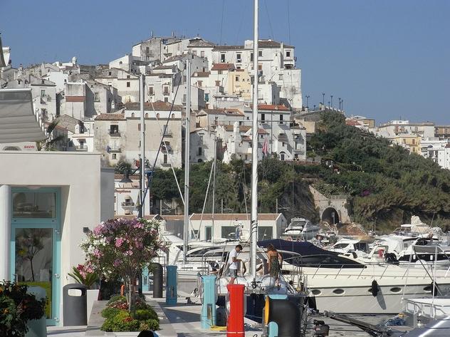Hotels prospicienti la spiaggia o il porto di Rodi garganico