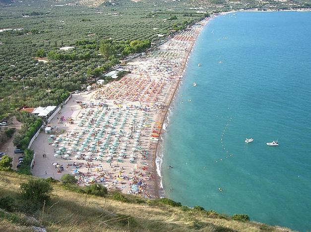 Hotels vicino la spiaggia di Mattinata